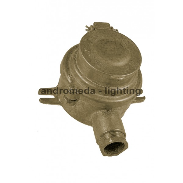 BRASS ELECTRIC SOCKET WITH BRASS COVER